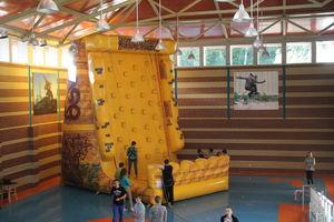 Не детский праздник в детском лагере